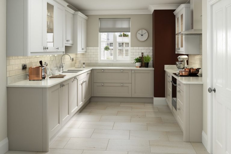 Mornington Beaded Stone Kitchen - Doug Farleigh Kitchens