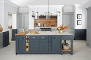Stunning Traditional Kitchen - Langton - Doug Farleigh Kitchens