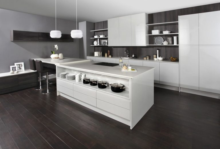 Modern White kitchen - Doug Farleigh Kitchens