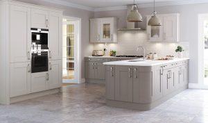 Marlow Classic kitchen - Doug Farleigh Kitchens