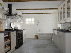 Painted Cottage Kitchen - Doug Farleigh Kitchens