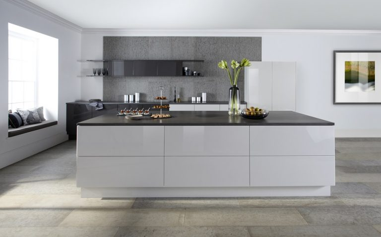 Modern Grey Kitchen - Doug Farleigh Kitchens