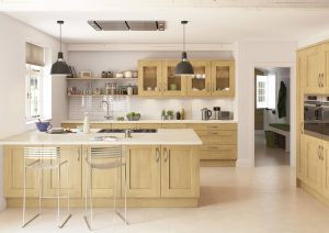 Oak Shaker Kitchen - Doug Farleigh Kitchens